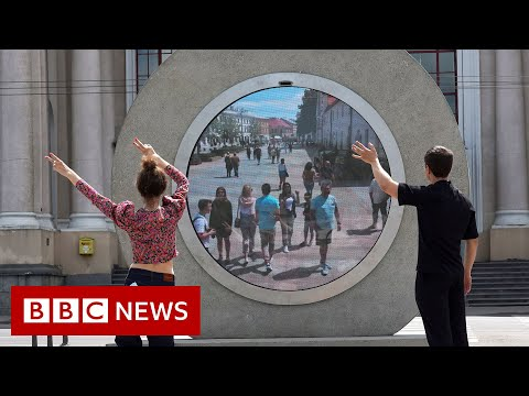 'Portal' built between Lithuanian and Polish cities - BBC News