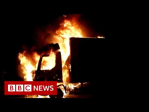 Jewish and Arab Israelis in Lod live under threat of future violence - BBC News