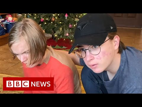 US teen develops app to help his disabled sister talk - BBC News
