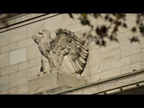 Mishkin: Fed Policy Is Hibernating, May Be Behind the Curve