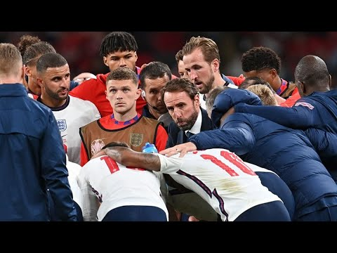 England's Southgate Should Give Politicians Some Tips on Leadership, Jim O'Neill Says