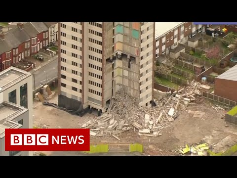Architects say building demolitions cause of carbon emissions - BBC News
