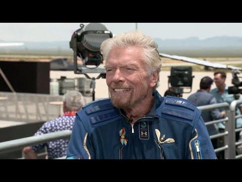 Billionare Branson Urges Space Ship Building for Future Astronauts