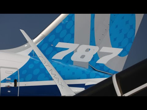 Boeing Finds Flaws in 787 Dreamliners, Cuts Delivery Target