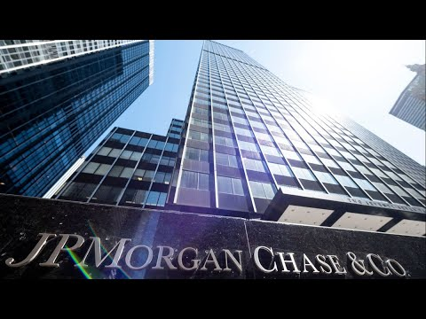 New Bankers Need to Work 72 Hours a Week, J.P. Morgan's Erdoes Says