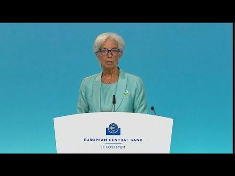 ECB's Lagarde Says Economic Risks Are `Broadly Balanced'
