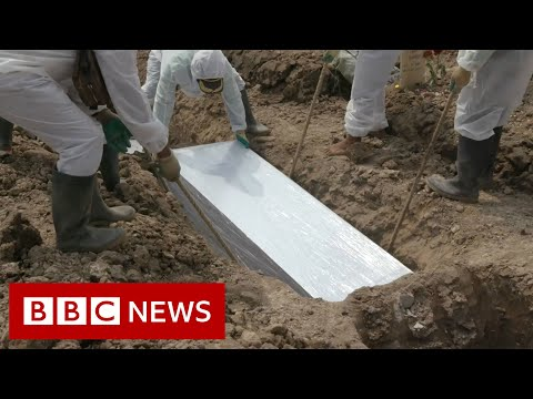 Covid ravages Indonesia with daily deaths above 1,000 - BBC News